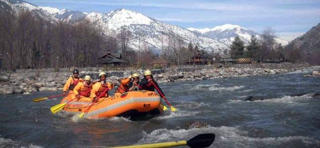 6 best places for river rafting in India